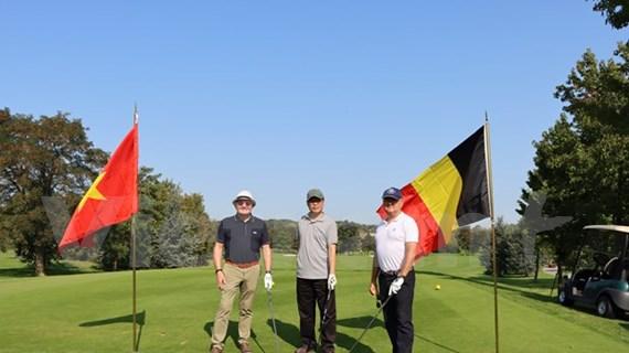 """""""2020年越南大使杯"""" 高尔夫球友谊赛在比利时举行"""