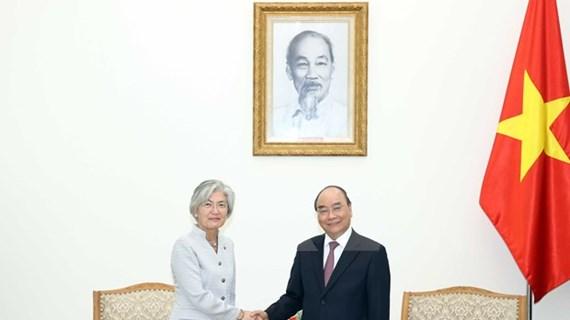 政府总理阮春福:为韩国专家和管理人员入境越南开展投资经营创造一切条件