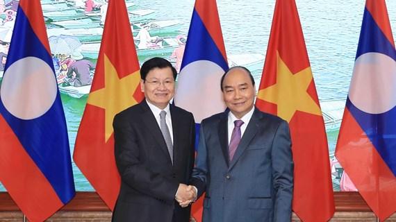 老挝总理通伦访问越南并共同主持召开越老政府间联合委员会会议