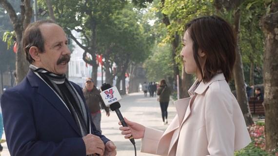 """古巴记者阿尔贝托·萨拉扎:越共十三大将保障国家的""""现在和未来"""""""