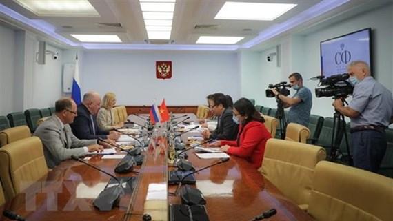越南提议俄罗斯联邦委员会推动支持转让疫苗生产技术