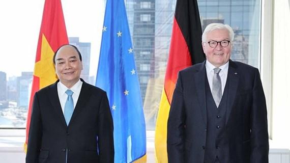 越南国家主席阮春福会见德国总统 离开纽约市启程回国