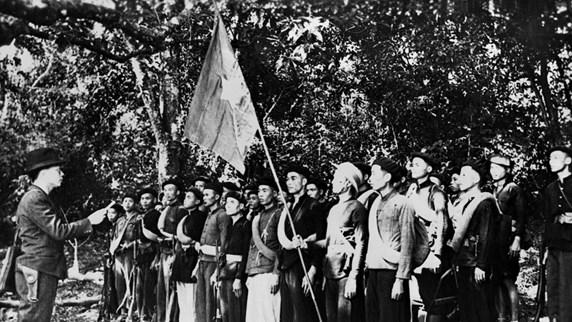 组图:越南人民军队成立初期