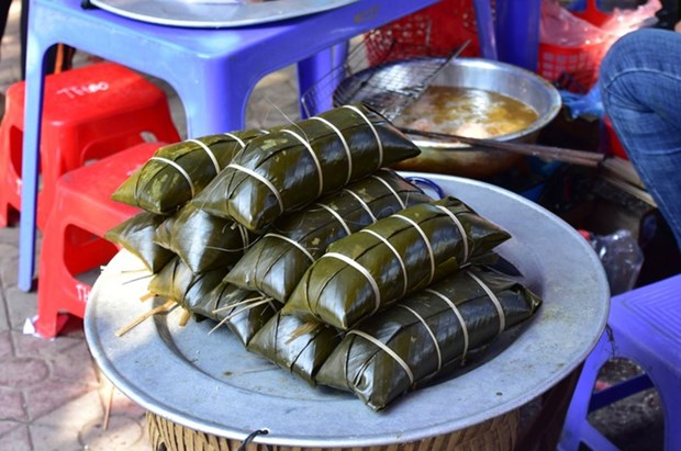 黑色粽子——越南老街省岱族同胞春节饮食文化特色 hinh anh 1