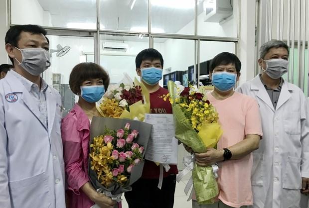 越南医生治愈两名中国新冠肺炎患者(三) hinh anh 1