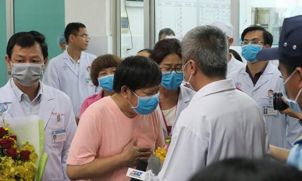 越南医生治愈两名中国新冠肺炎患者(三) hinh anh 2