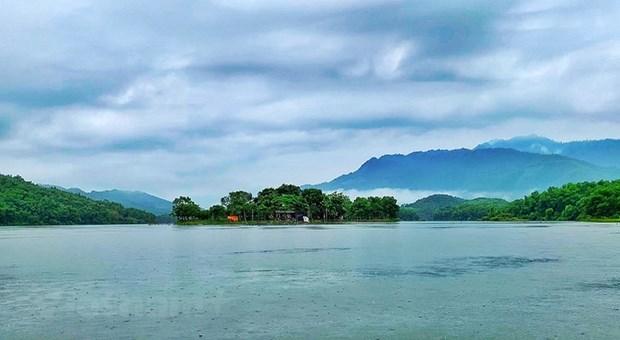组图:在富寿省的云会泻湖游玩 hinh anh 1