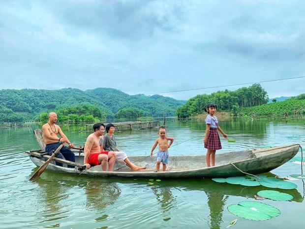 组图:在富寿省的云会泻湖游玩 hinh anh 11