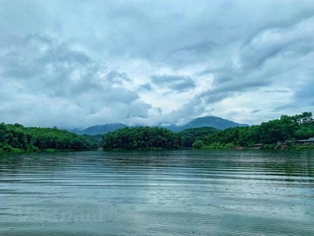 组图:在富寿省的云会泻湖游玩 hinh anh 3