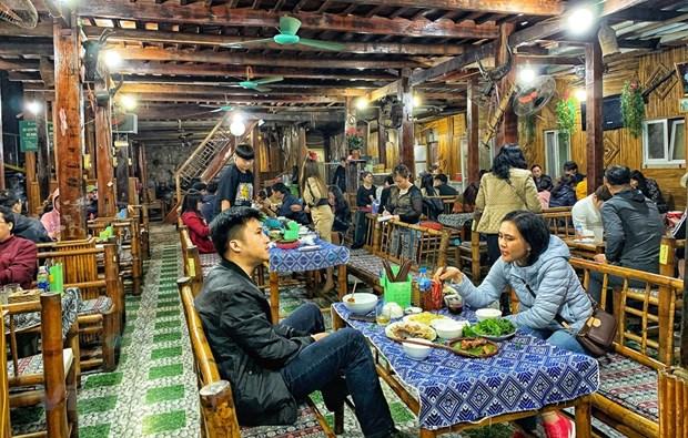 组图:和平省梅州县乐村游客到访量呈回升态势 hinh anh 10