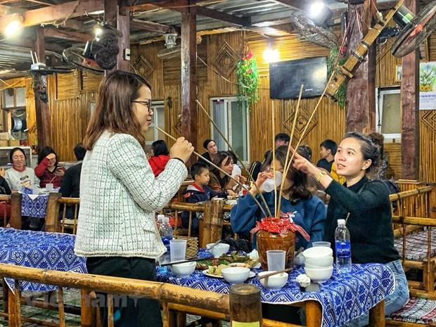 组图:和平省梅州县乐村游客到访量呈回升态势 hinh anh 11