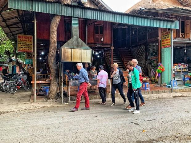 组图:和平省梅州县乐村游客到访量呈回升态势 hinh anh 4