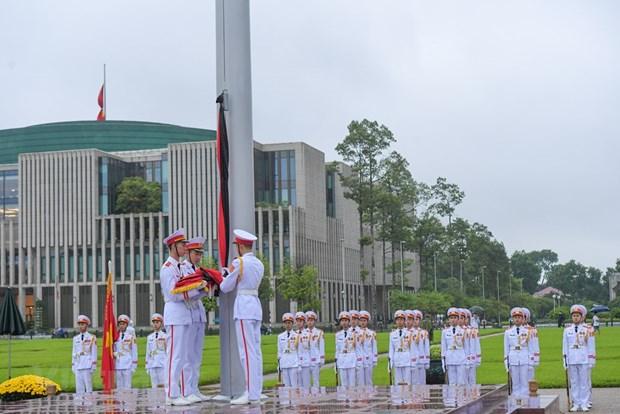 组图:越南举行降半旗仪式 对原越共中央总书记黎可漂致哀 hinh anh 6