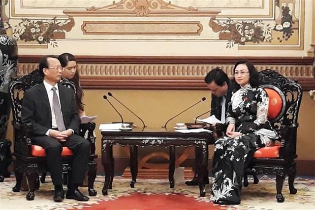 胡志明市与中国重庆市加强合作 hinh anh 1