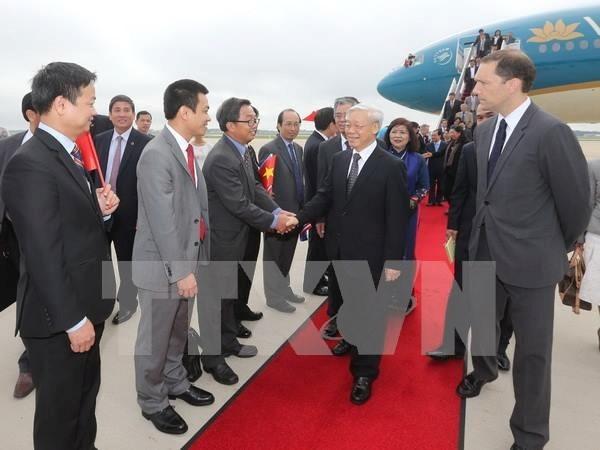 越共中央总书记阮富仲抵达华盛顿 开始对美国进行正式访问 hinh anh 1