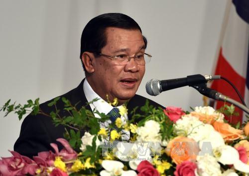 柬埔寨督促各方通过谈判方式解决东海争端 hinh anh 1