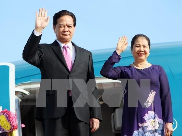 越南政府总理出访马来西亚:不断加强越马全面友好合作关系 hinh anh 1