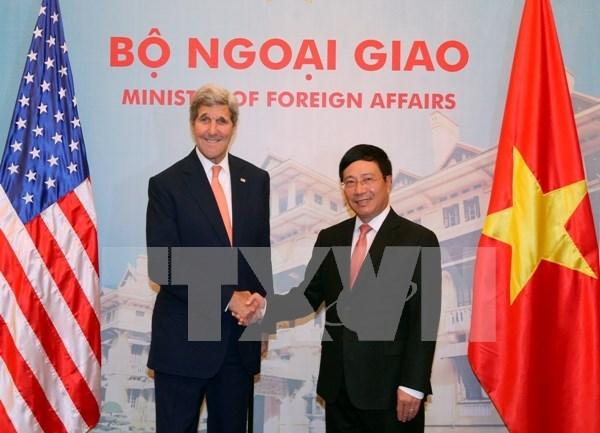 美国国务卿约翰·克里出席有关越美发展合作20周年的研讨会 hinh anh 1