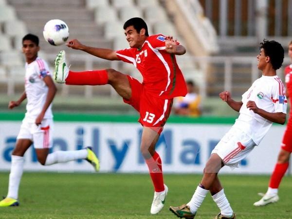 2015年东南亚U16足球赛:泰国以3比0打败缅甸夺冠 hinh anh 1