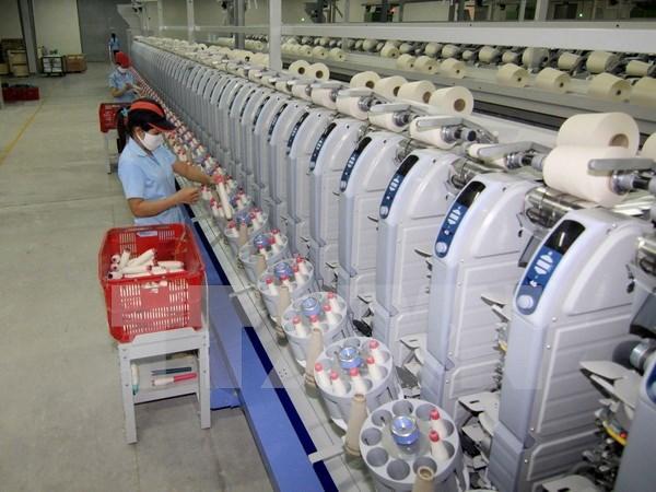 越南工商部长武辉煌同在新越南企业代表进行座谈 hinh anh 1
