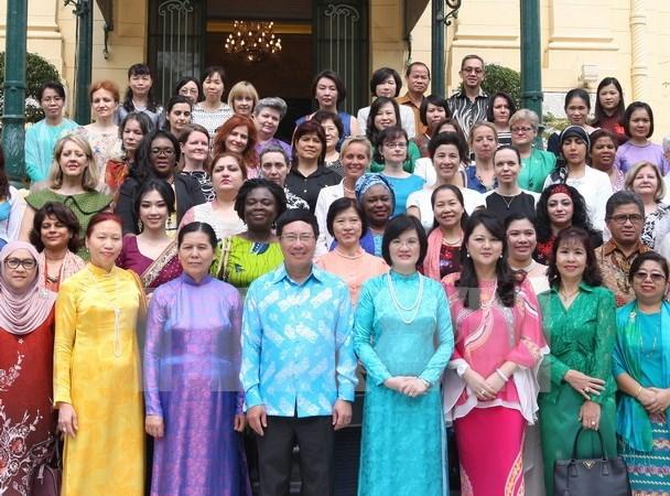 河内市东盟妇女小组在河内市问世 hinh anh 1