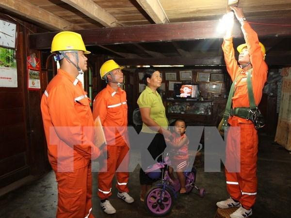 越南莱州省电力公司完成向100%个乡供电 hinh anh 1
