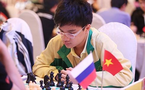 2015亚洲青少年国际象棋锦标赛:越南棋手阮英魁夺得2枚金牌 hinh anh 1