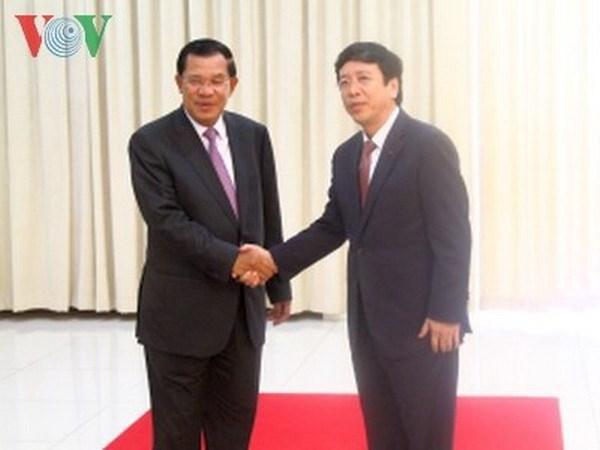 柬埔寨首相会见越南广播电台台长 hinh anh 1