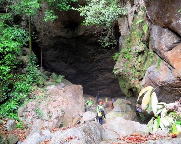 """风芽—格邦国家公园""""洼洞与裂水洞""""体验旅游线路正式开发 hinh anh 1"""