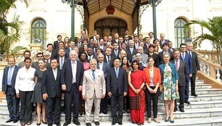 越南在维护世界和平与稳定发挥日益重要作用 hinh anh 1
