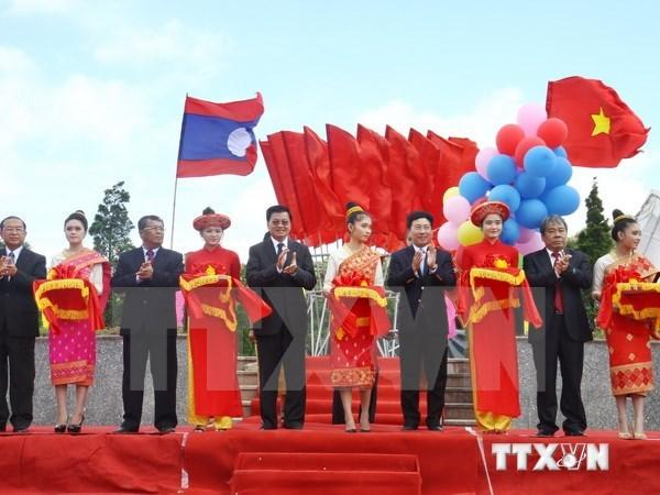 越南广治省致力将罗摇口岸建设成为模范国际口岸 hinh anh 1
