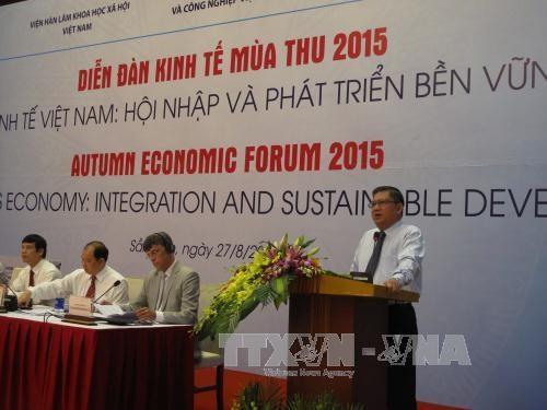 2015年秋季经济论坛在越南清化省开幕 hinh anh 2