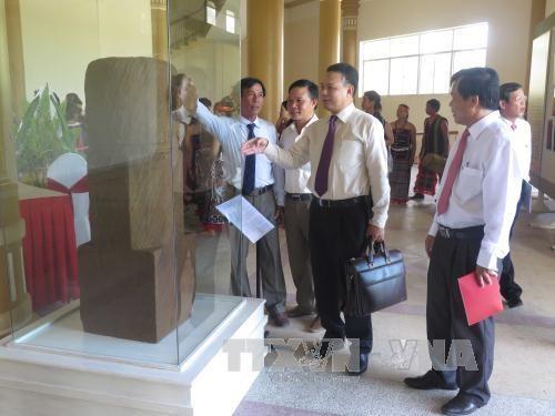 广南省穆卡林伽石刻雕像被列入国家级宝物名录 hinh anh 1