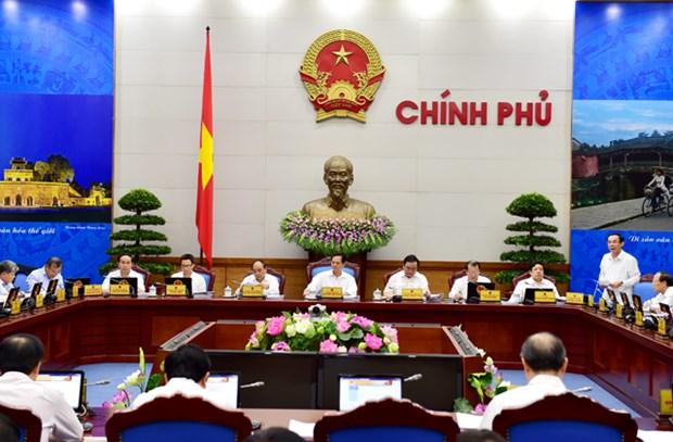 今年前8个月越南经济继续呈现复苏态势并取得许多积极进展 hinh anh 1