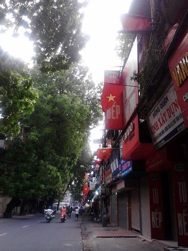 河内市民对迎接越南第70个国庆日充满着欢乐与自豪感 hinh anh 1