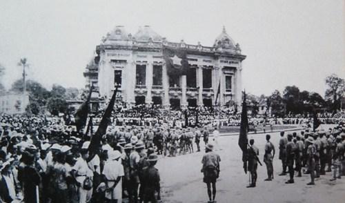 铸成1945年9月2日独立日的十大事件 hinh anh 1