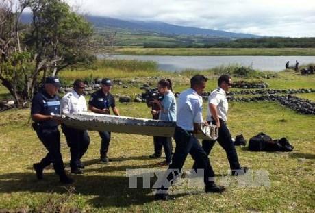 法检方确认留尼汪岛发现的残骸来自马航MH370 hinh anh 1