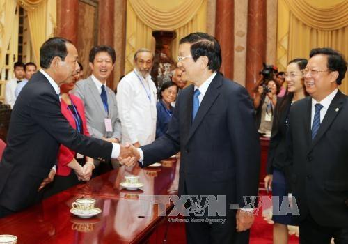 越南国家主席张晋创会见参加第七届亚太地区声援古巴大会代表团 hinh anh 1