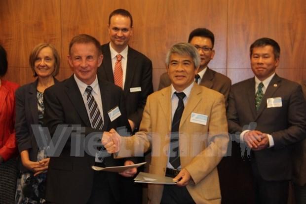 越南科技学院与澳悉尼科技大学联合培养博士研究生 hinh anh 1