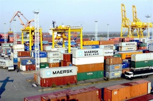 越南与欧盟、美国的贸易顺差趋于猛增 hinh anh 1