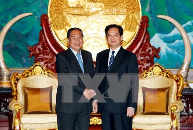 越老一向为巩固和加强两国传统友谊、特殊团结与全面合作关系给予最大优先 hinh anh 1