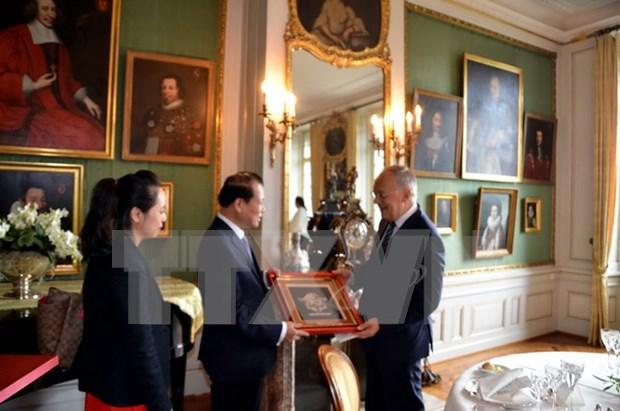 瑞士一向重视加强和越南在各领域的合作 hinh anh 1