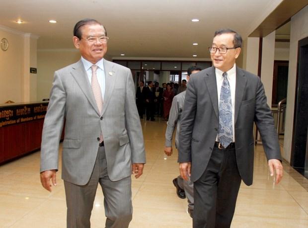 柬埔寨人民党和救国党领导就选举法修改问题进行磋商 hinh anh 1