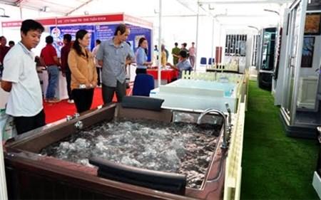 2015年越南芹苴市国际建材展正式开展 hinh anh 1