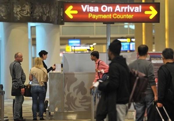 印尼对75个国家实施免签证政策 hinh anh 1