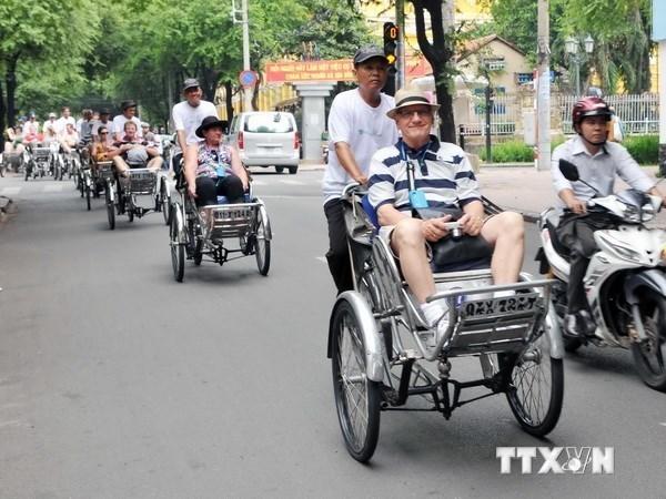 今年前9个月胡志明市接待外国游客量达320万人次 hinh anh 1