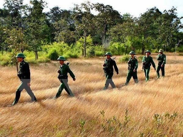 越南国防部副部长阮志咏上将率团出席越柬首次副部长级防务政策对话 hinh anh 1
