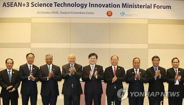 东盟与中日韩科学部长会议在韩国召开 hinh anh 1