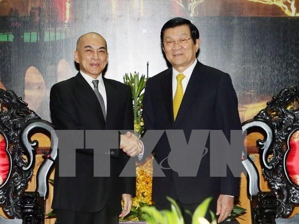 越南国家主席张晋创会见柬埔寨国王诺罗敦·西哈莫尼 hinh anh 1
