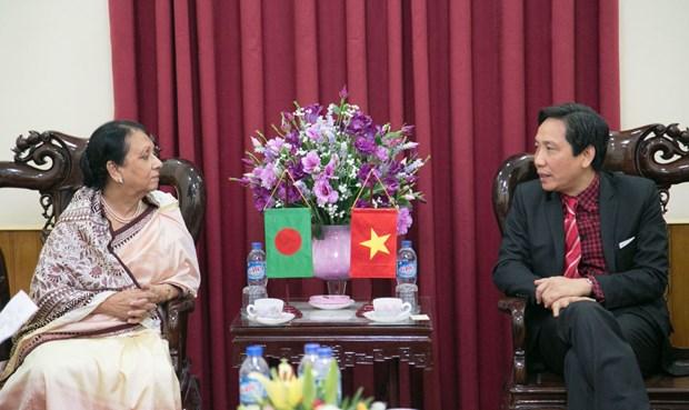 越南为孟加拉国政府高级公务员进行公共行政培训 hinh anh 1